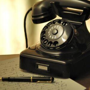Mobile Phones & Communication